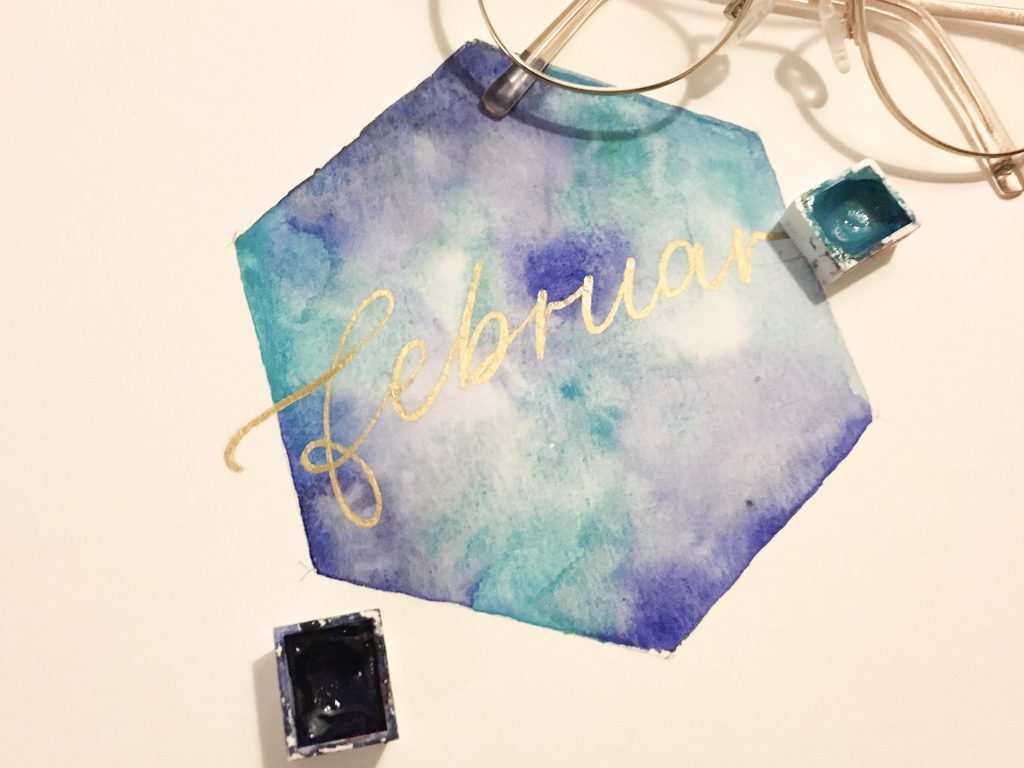 gold blau Aquarell Hexagon Lettering